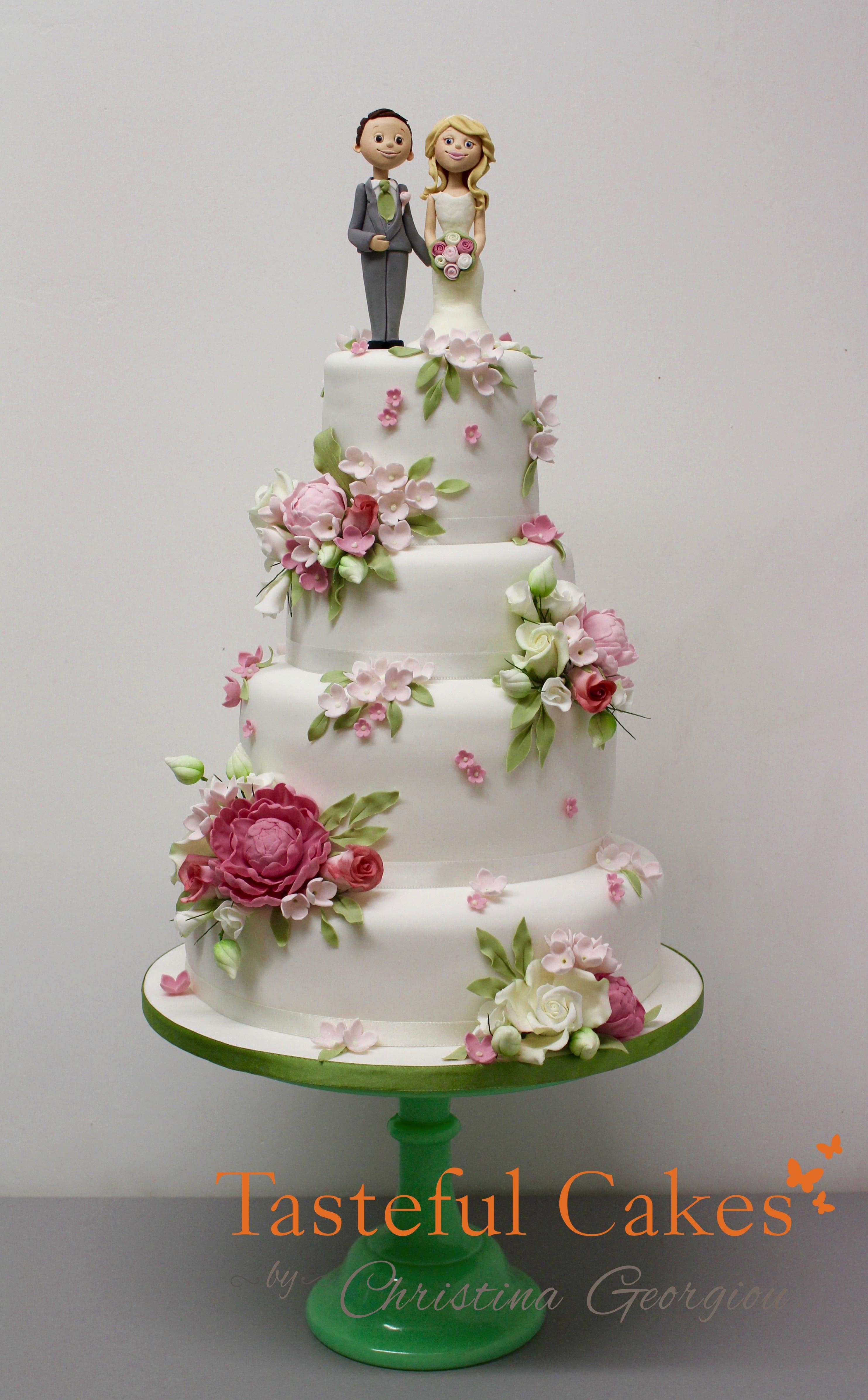 tasteful cakes by christina georgiou a pastel scattered flower wedding cake. Black Bedroom Furniture Sets. Home Design Ideas