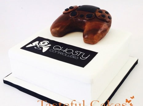 PS4 play station edible controller birthday cake in Waltham Abbey, Essex