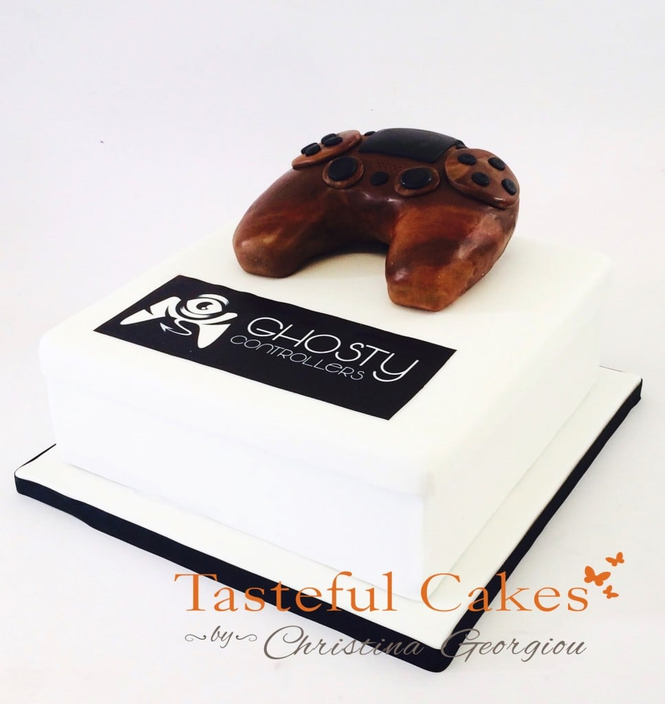 PS4 Controller cake 2