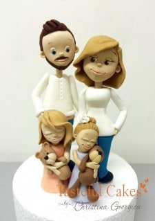 Family cake topper - Introduction to Modelling