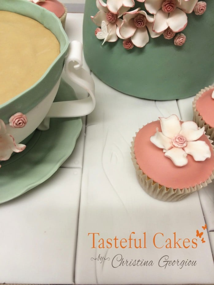 Tea Pot and Cup Set Cake.