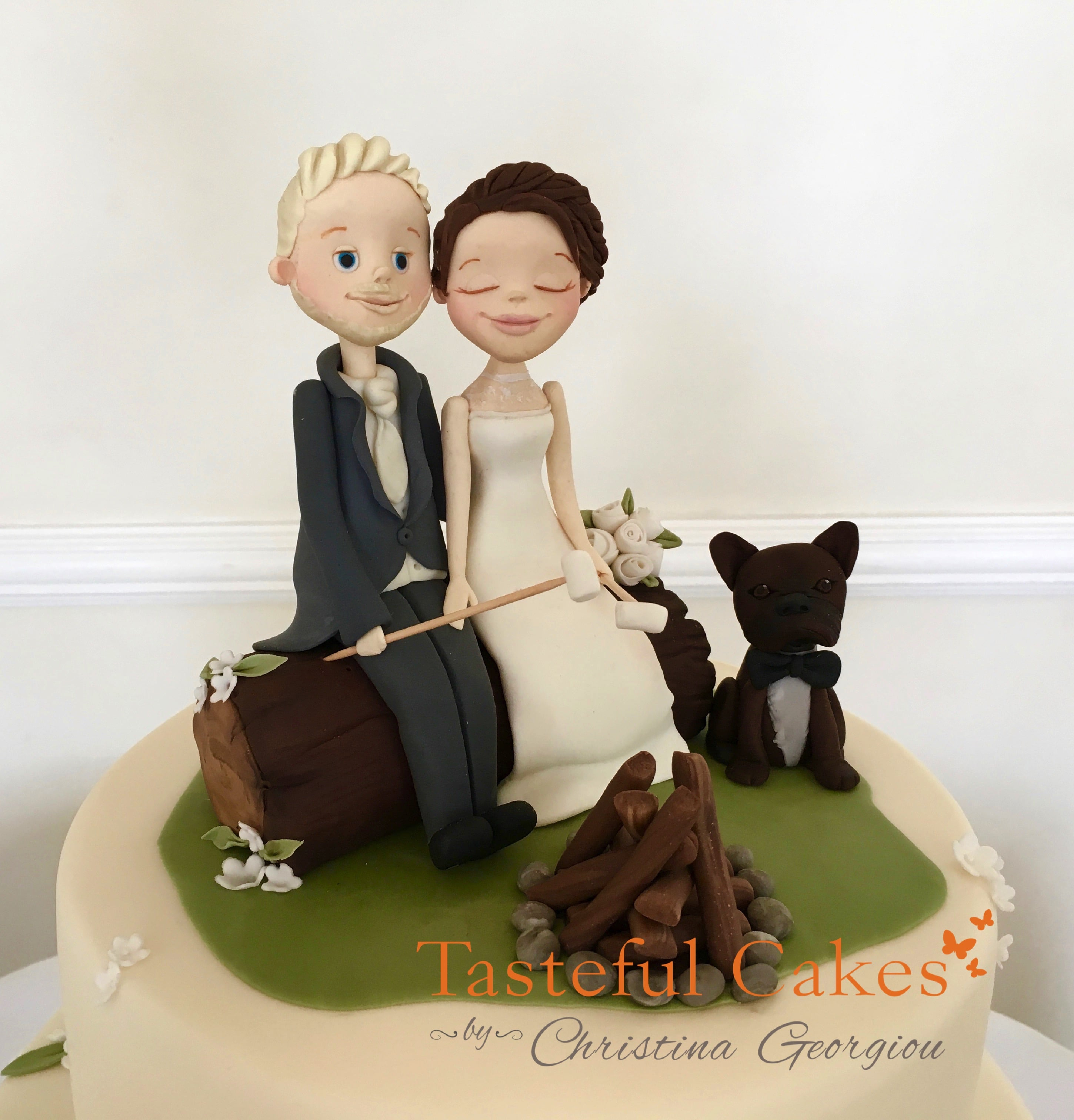 wedding cake toppers bride groom and dog cakes by georgiou camping bonfire 26422