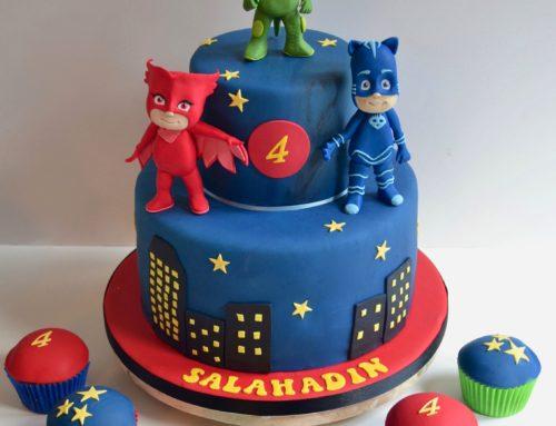 PJ Mask Cake With Cupcakes
