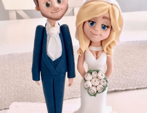 Traditional Personalised Bride & Groom Topper